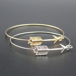 Jewelry - Gold or Silver Arrow Bangle NWT